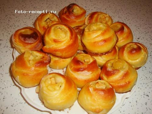 пирог из дрожжевого теста с яблоками в духовке пошаговый рецепт с фото