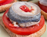 Что приготовить на День Рождения. Рецепты бутербродов с сельдью пошаговые с фотографиями
