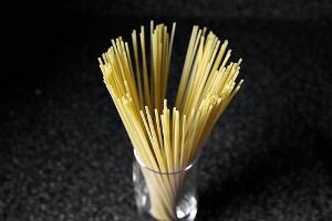 Spaghetti con salsa de tomate