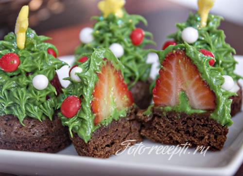 Новогоднее пирожное елочки