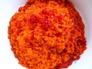 Помидоры в перечно-морковном маринаде