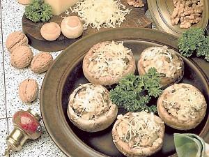 салат жик с фото: легкие салаты и закуски, салат с колбасой и сыром.